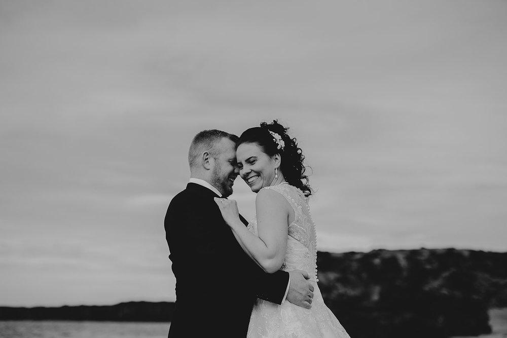 linnsejphotography_brollopsfotograf_brollop_fotograf_halmstad_island_weddingphotographer_008.jpg