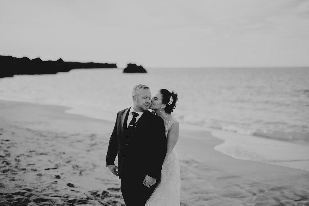 linnsejphotography_brollopsfotograf_brollop_fotograf_halmstad_island_weddingphotographer_012.jpg