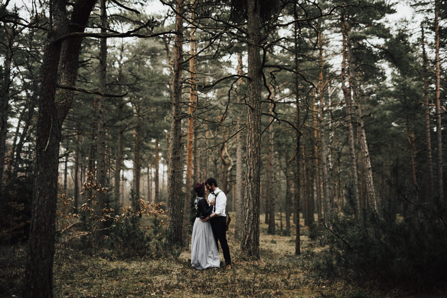 Linnsej-Photography-brollop-halmstad-halland-fotograf-bohemiskt-lokal-vigsel-lantligt-skogsbrollop00015.jpg