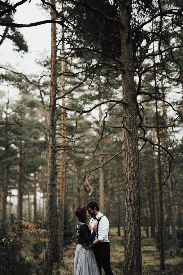 Linnsej-Photography-brollop-halmstad-halland-fotograf-bohemiskt-lokal-vigsel-lantligt-skogsbrollop00016.jpg