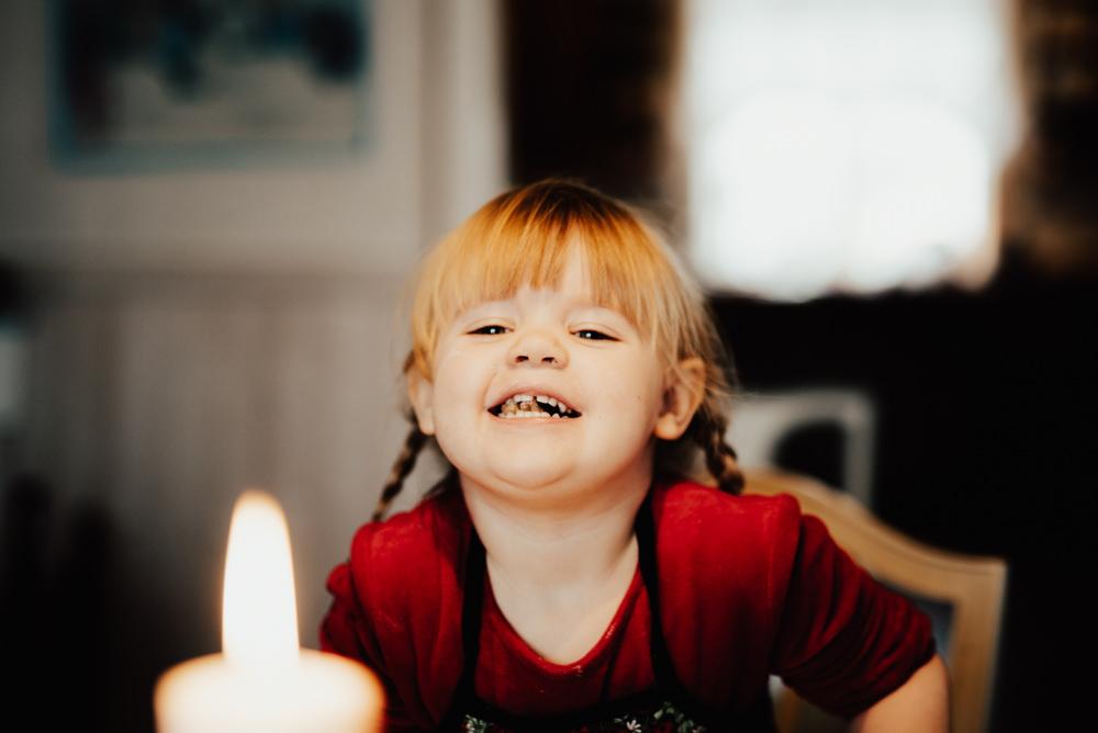 Linnsej-photography-fotograf-familj-jul-lifestyle-julfoto-halmstad-0028.jpg
