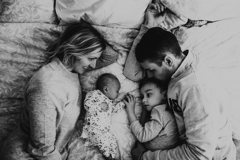 2-familjefotograf-familjefotografering-halmstad-lifestyle-barnfotograf-halland-vastkusten-0004.jpg