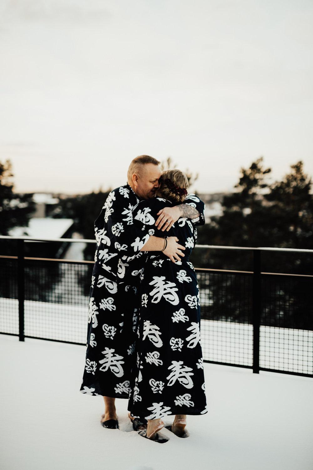Linnsejphotography-fotograf-brollopsfotograf-brollop-stockholm-yasuragi-elopement-sweden-hemligt-brollop-borgerlig-vinterbrollop-vinter-brollopsinspiration--0021.jpg