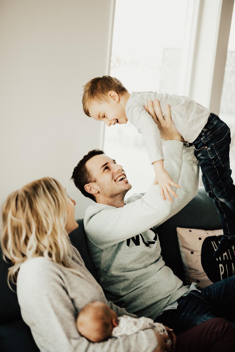 Linnsejphotography-familjefotograf-fotograf-halmstad-halland-lifestylefotograf-lifestyle-nyfodd--0007.jpg
