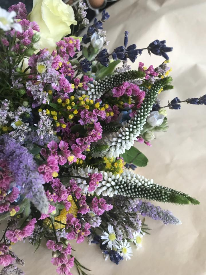 Countrysidecolourful bouquet.jpg