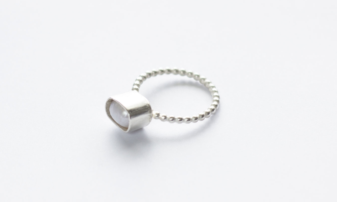 White pearl ring bubble wire — Argent Silversmith