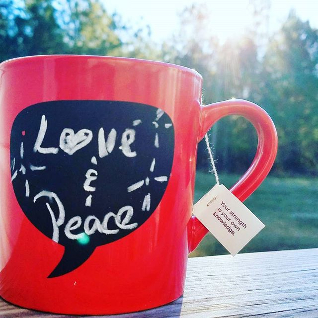 I pray your day is constantly filled with peace & love!!!🤗 #MiaHammett  #LilThings #peace #LoveWins #namaste