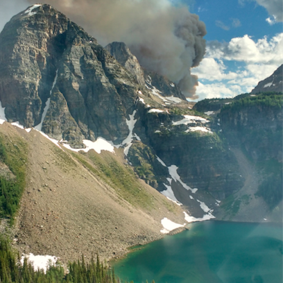 A wildfire is burning at Verdant Creek in Kootenay National Park, not far from Egypt Lake and the Sphinx (Photo: Conrad Janzen/Parks Canada)