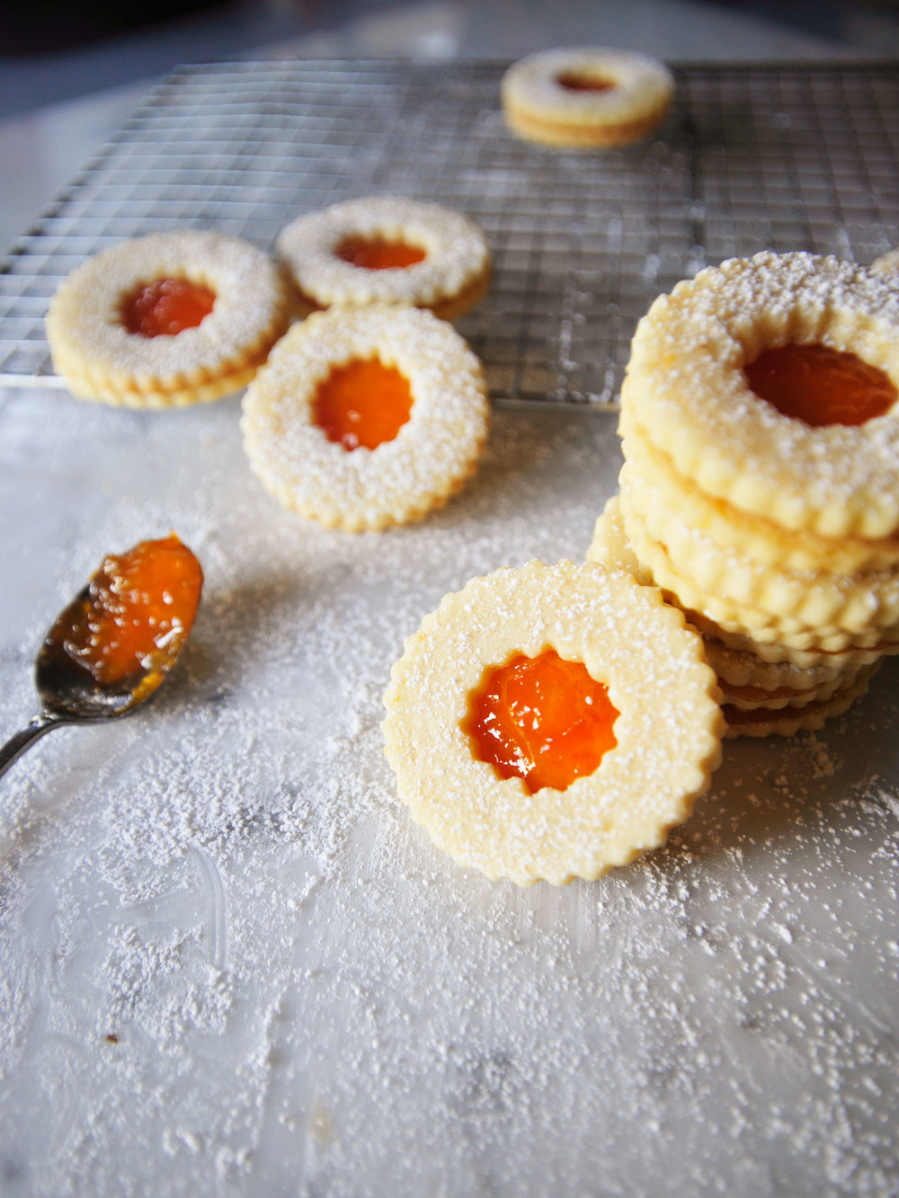 bowtiebaking-pineapple-yuzu-linzer-cookies-3
