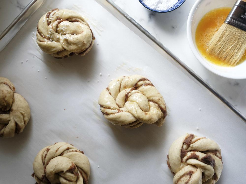 bowtiebaking-cinnamon-swirls-11