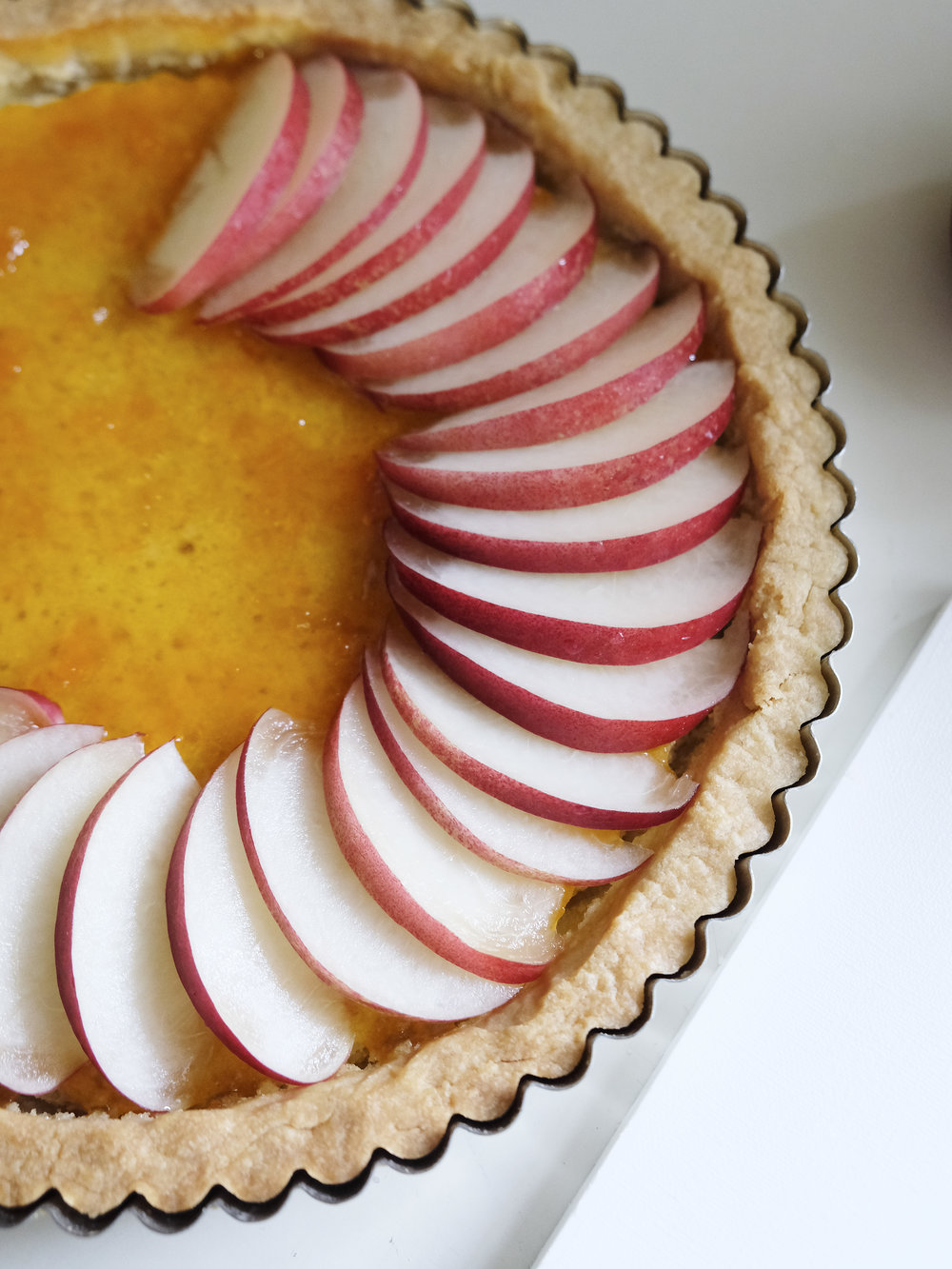 bowtiebaking-blueberry-nectarine-tart05
