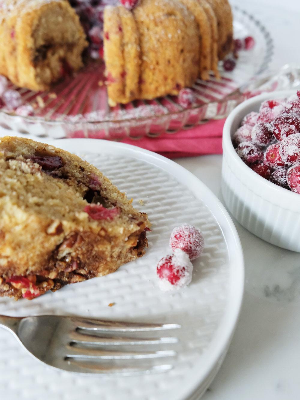 bowtiebaking-cranberry-pecan-bundt-cake07