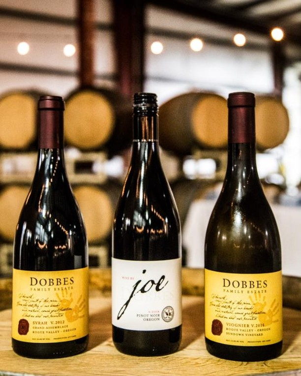 Today is your last chance to pick-up tickets for our Dinner in the FIeld at @dobbeswinery! This is the second to last dinner of the year, so we better see you there! Who's already got their tickets? 🙋  #fieldandvine #fieldandvineevents #farmtotable #dinnersinthefield #wineanddine #catering #travelportland#traveloregon #farmdinners #portlandfresh #winestagram #drinkwine #winenot #oregonwines #winestagram #drinkwine #oregonwine #oregonwines #washingtonwine #wineonmytime #wineethuisast #winetime #winedown #happeninginpdx #dobbes #drinkdobbes #dobbeswinery