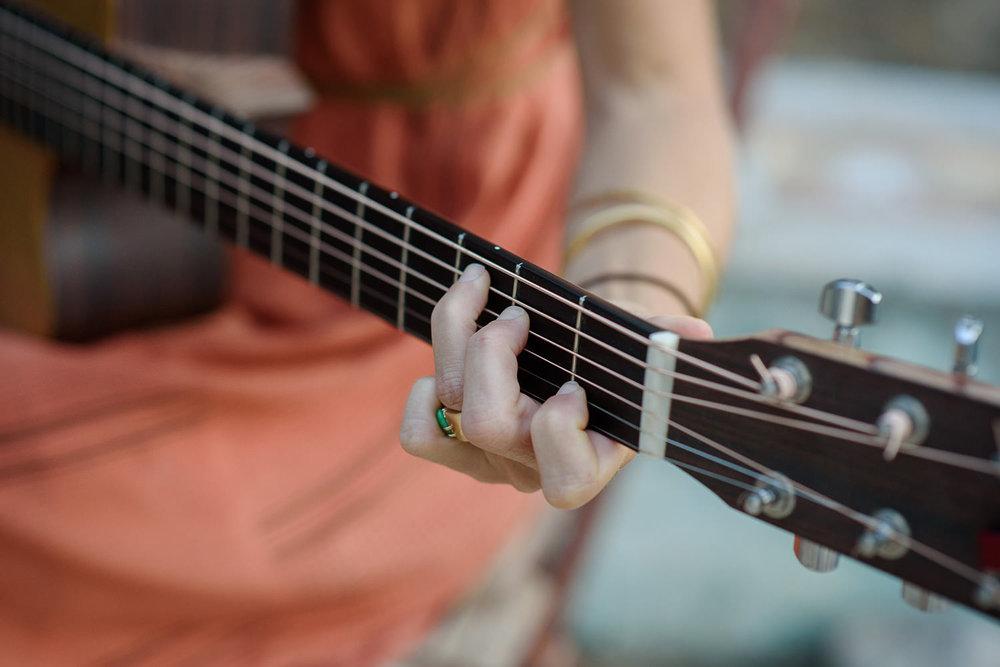 garden, guitar, musician, folk, singer, songwriter, flower, nature, gipsy, israel, australia, street musician, close up, hand