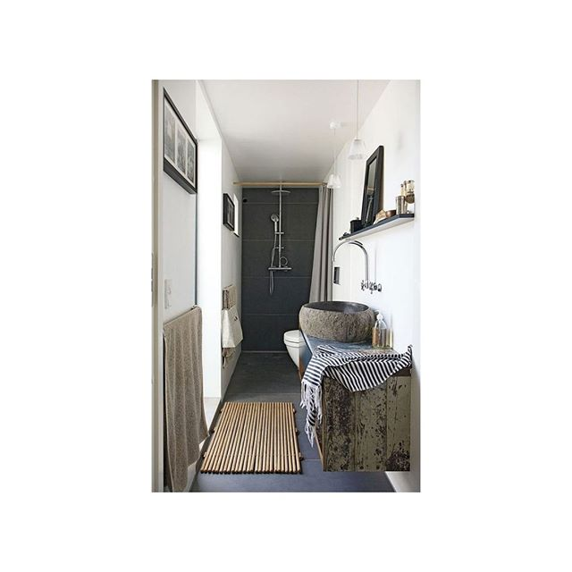 ~ soothe ~ . . . . . . #tileart #bathroomdesign #bathroomsofinsta #bathroomdecor #bathroomsink #relaxation #showertime #showerdesign #showers #bathroomsinging #cleanliving #interiordesign #interiorandhome #interiorstyle