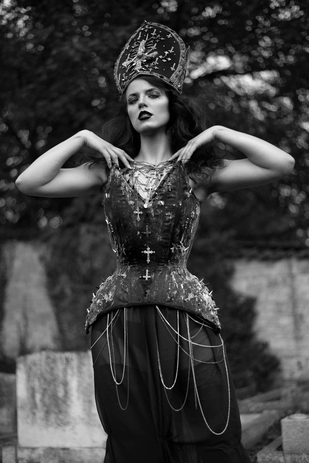 Magdalena Corset Photographer: Photography by Liv Free Model: Indrija Kustov Headpiece: Creations by Liv Free Hair & MUA: Liv Free - Make Up & Hair Artist