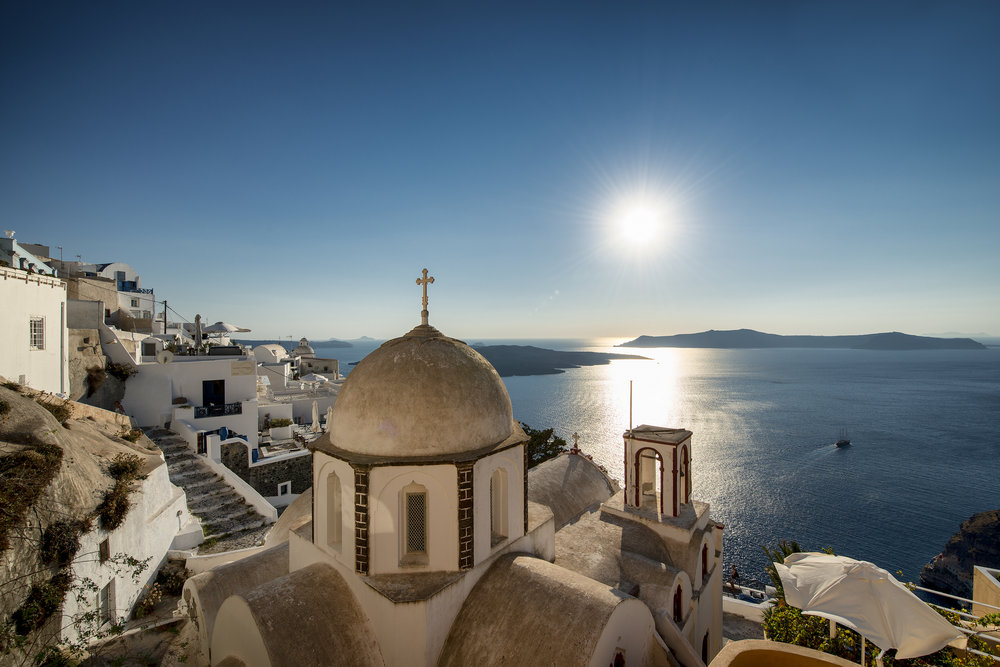 Fira on the island of Santorini Greece for LXRY-magazine
