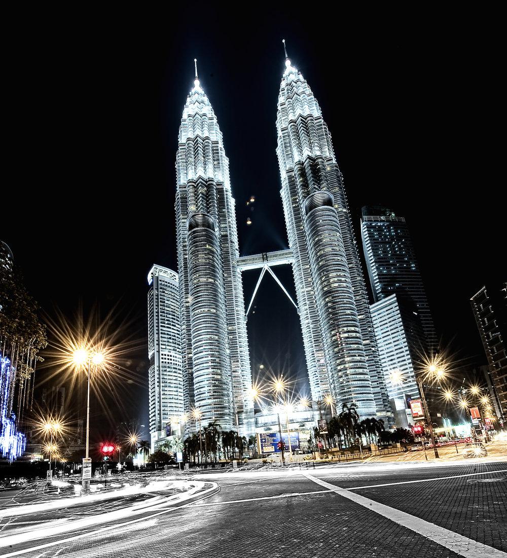 Pertronas Towers Kuala Lumpur Malaysia for LXRY-magazine