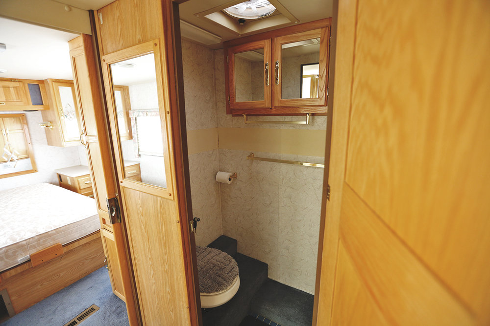 Serenica Landship: Bathroom suite // Door to toilet closet-room
