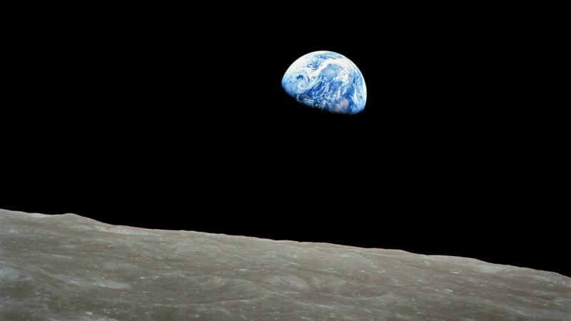 apollo-8-earthrise_h.jpg