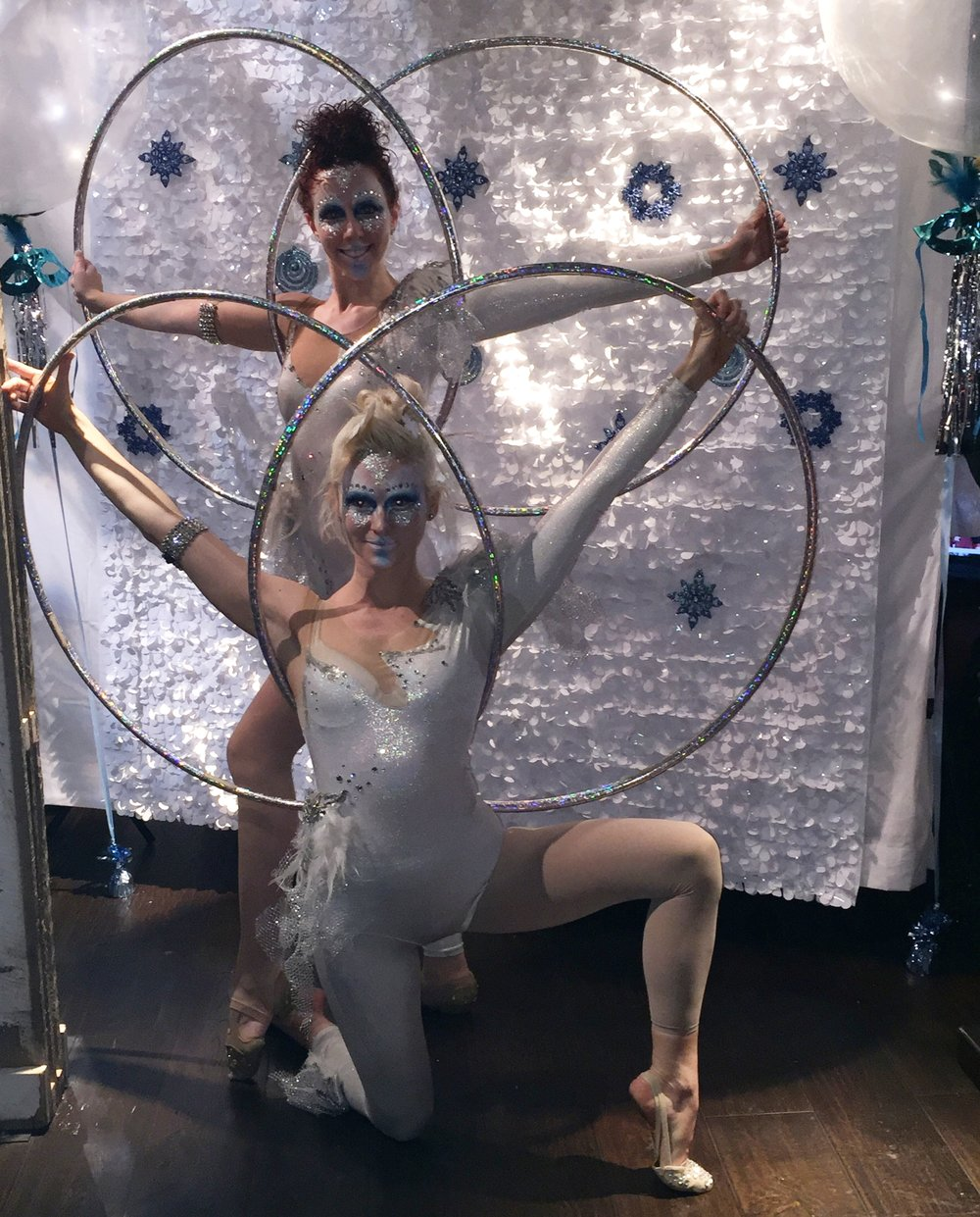 Cirque Central Francis and Sam Multi Hoops winter wonderland tb alliance.JPG