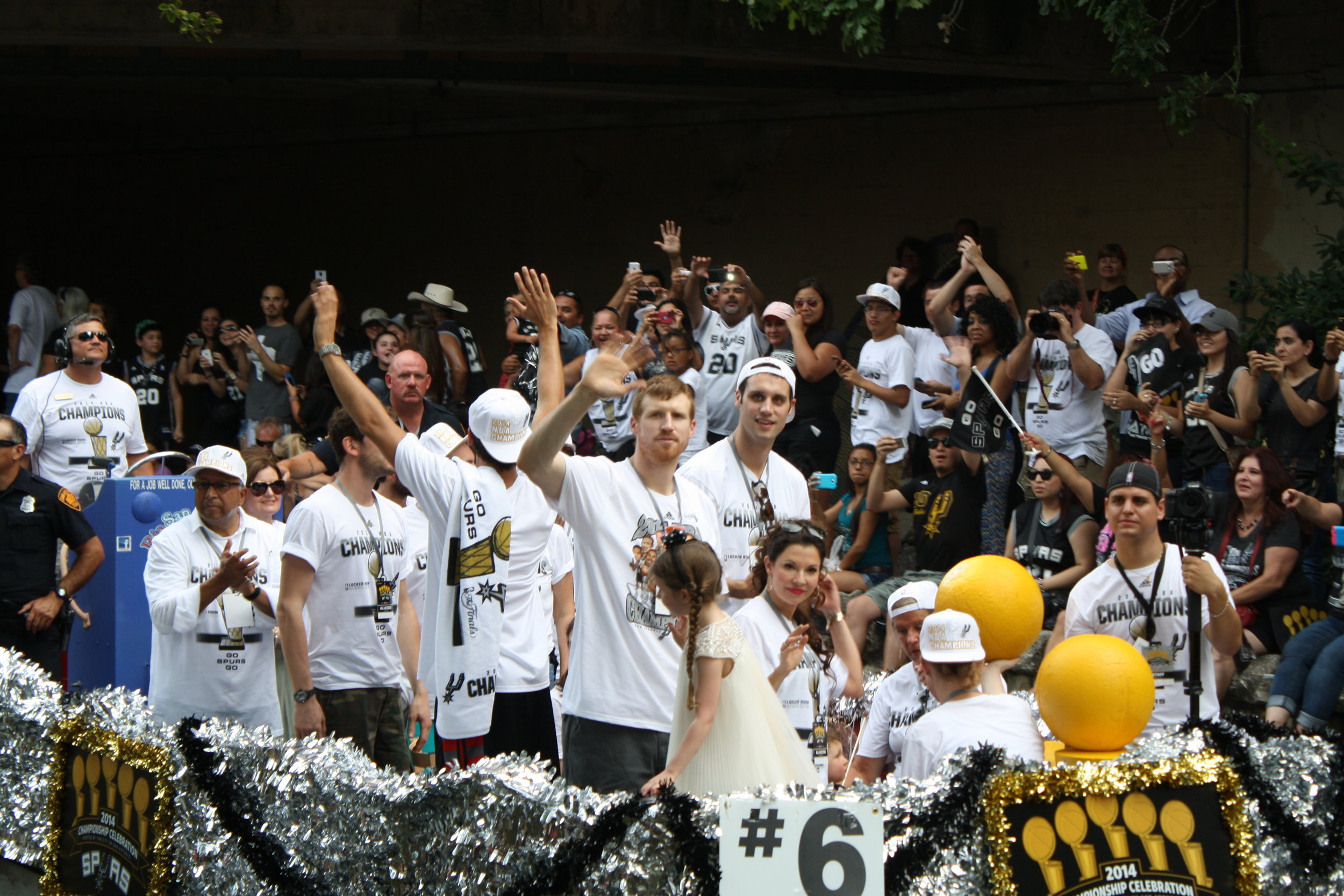 matt bonner river parade