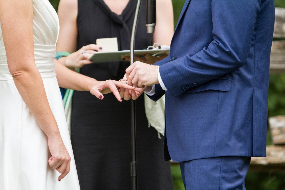 RVA-Wedding-at-Hanover-Tavern-By-Hunter-Henkel-Photography-025.jpg