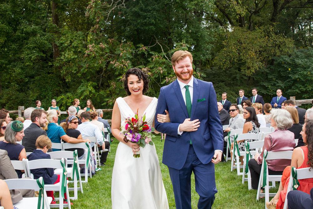 RVA-Wedding-at-Hanover-Tavern-By-Hunter-Henkel-Photography-027.jpg