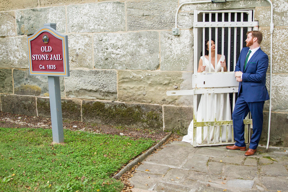 RVA-Wedding-at-Hanover-Tavern-By-Hunter-Henkel-Photography-033.jpg