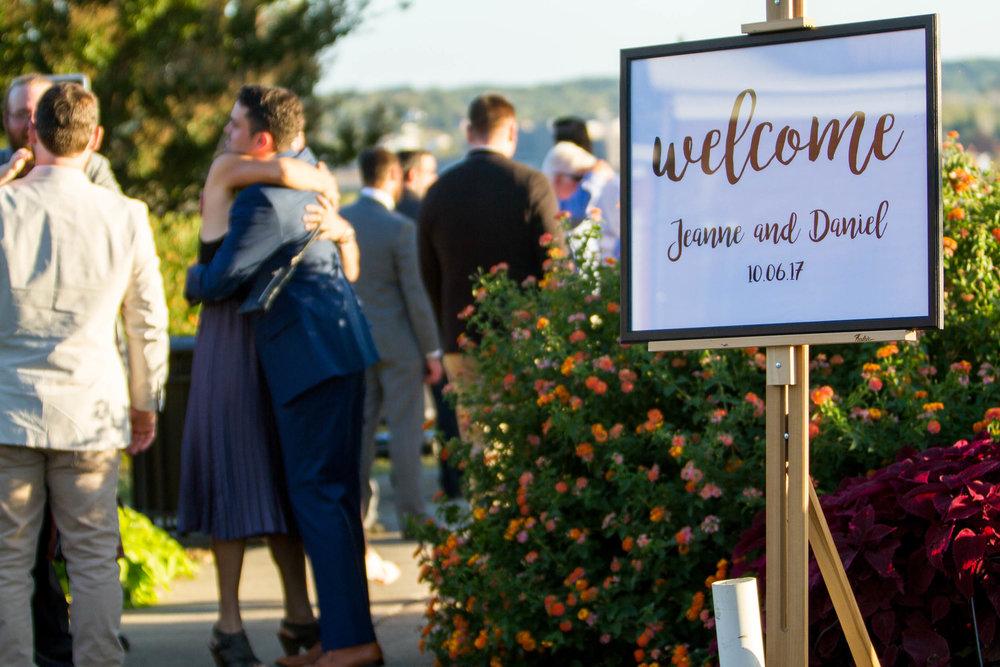 23-0231-Libby-Hill-Park-Wedding-By-Hunter-Henkel-Photography.jpg