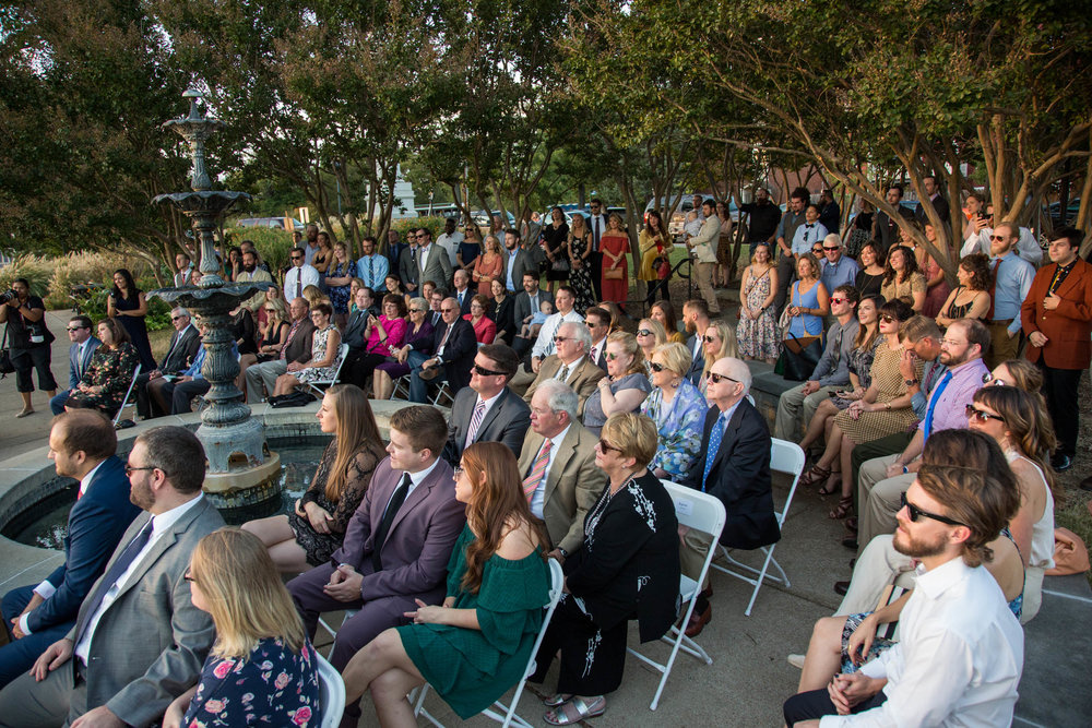 34-0318-Libby-Hill-Park-Wedding-By-Hunter-Henkel-Photography.jpg