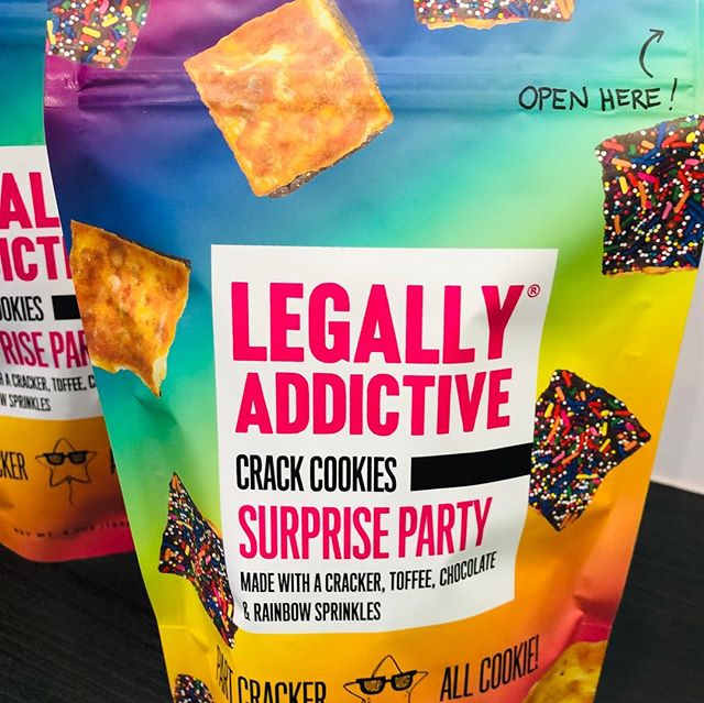 Heading home from the #nygiftshow and wanted to share a FAVORITE find. Not sure if they are a cracker or a cookie but they are a must for any hotel gift bag. . . . . #legallyaddictive #sweetandsalty #eventplanner #celebrationinspiration #giftbagswag