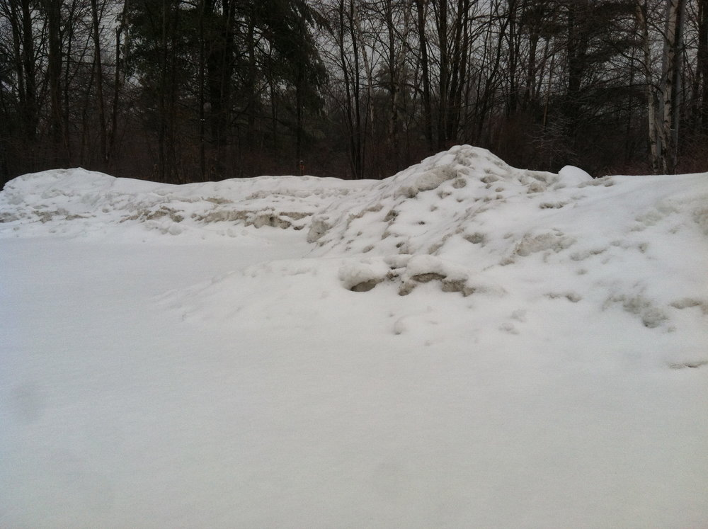 Snow berms: 4-5' high.