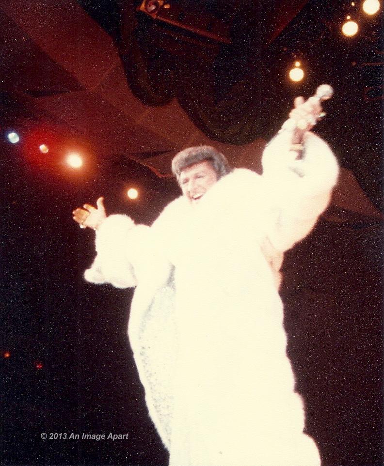 Liberace at Las Vegas 1979 copy.jpg