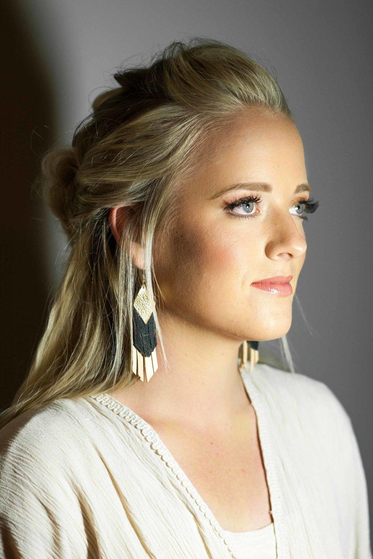 Talia-Whatcott-Makeup-Hair-Artist-Utah-County-Wedding-soft-natural-blonde-freelance-onsite-portfolio-2-11.jpg
