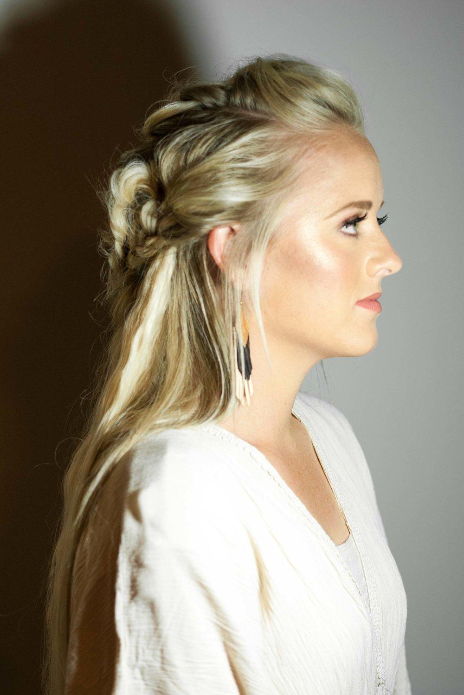 Talia-Whatcott-Makeup-Hair-Artist-Utah-County-Wedding-soft-natural-blonde-freelance-onsite-portfolio-2-9.jpg