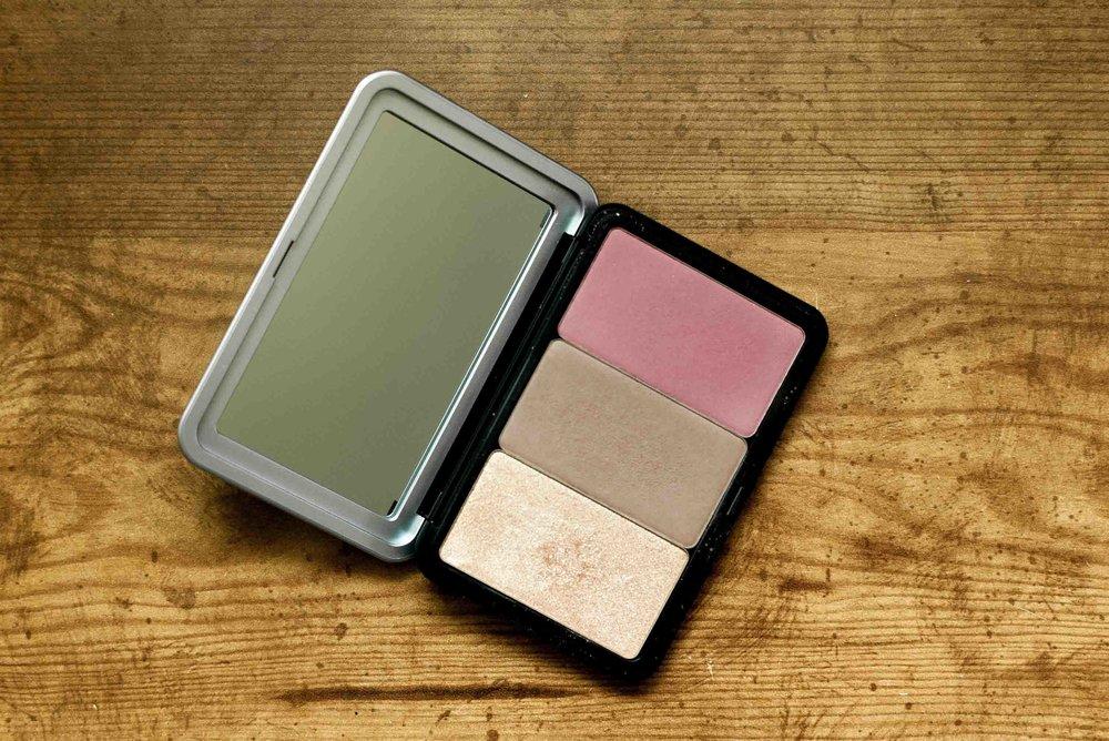 Talia-Whatcott-Makeup-Hair-Artist-Utah-County-makeup-for-ever-artist-face-color-palette-review2.jpg