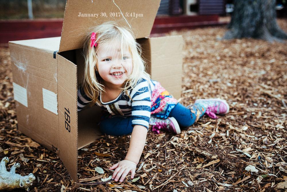 2017-01-30-Evie in SB box-19.jpg