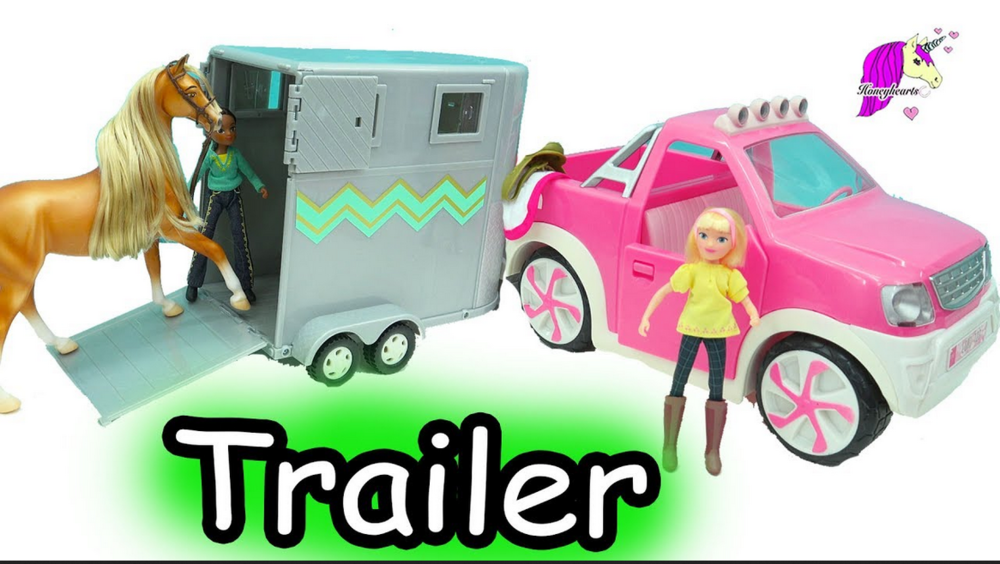 Let's play loading up in a trailer !
