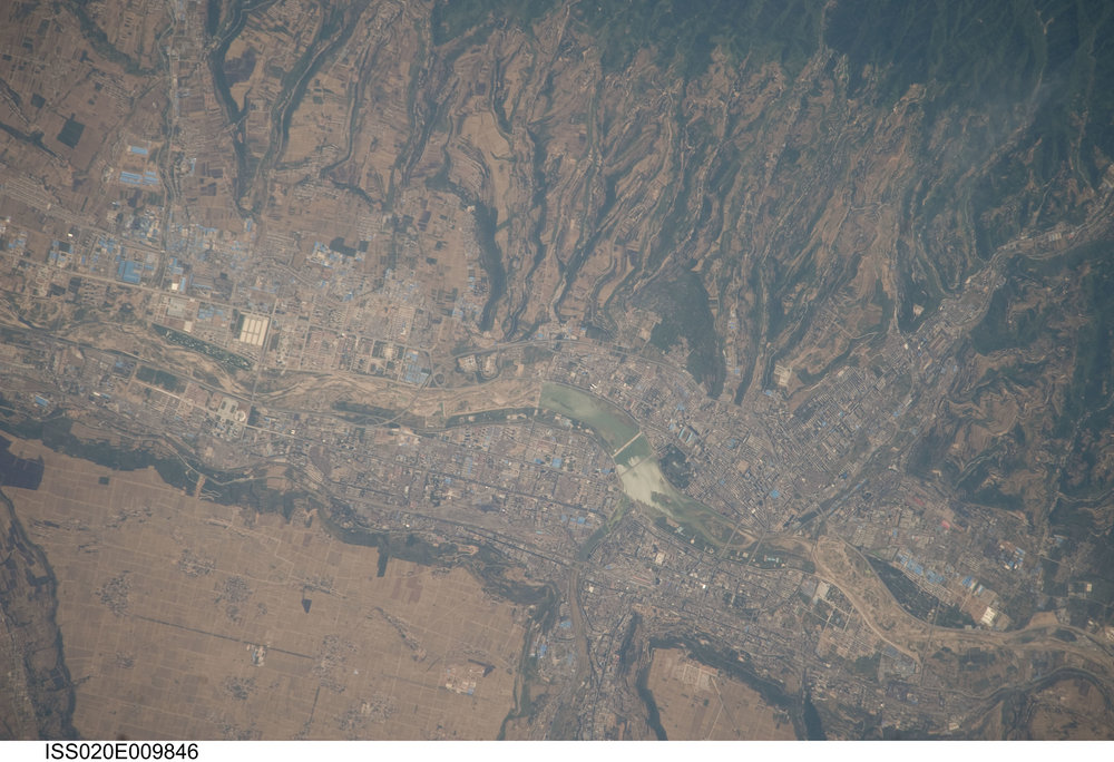 Source Image: NASA ISS020-E-9846 Handheld from International Space Station Focal Length: 800mm