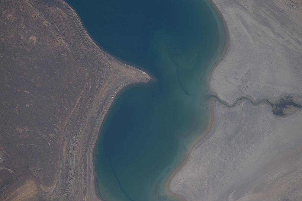 Source Image: NASA ISS048-E-7235 Handheld from International Space Station Focal Length: 800mm