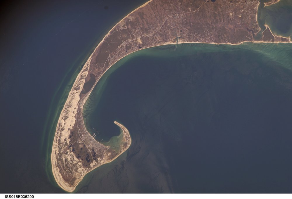 Source Image: NASA ISS016-E-36290 (Shown) / 36291 & 36292 (Applied) Handheld from International Space Station Focal Length: 400mm