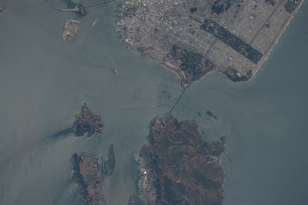 Source Image: NASA ISS048-E-3260 Handheld from International Space Station Focal Length: 800mm