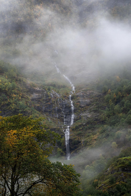 Utsikten vid morgonkaffet. Tamron 70-200mm 2,8/Nikon 850.