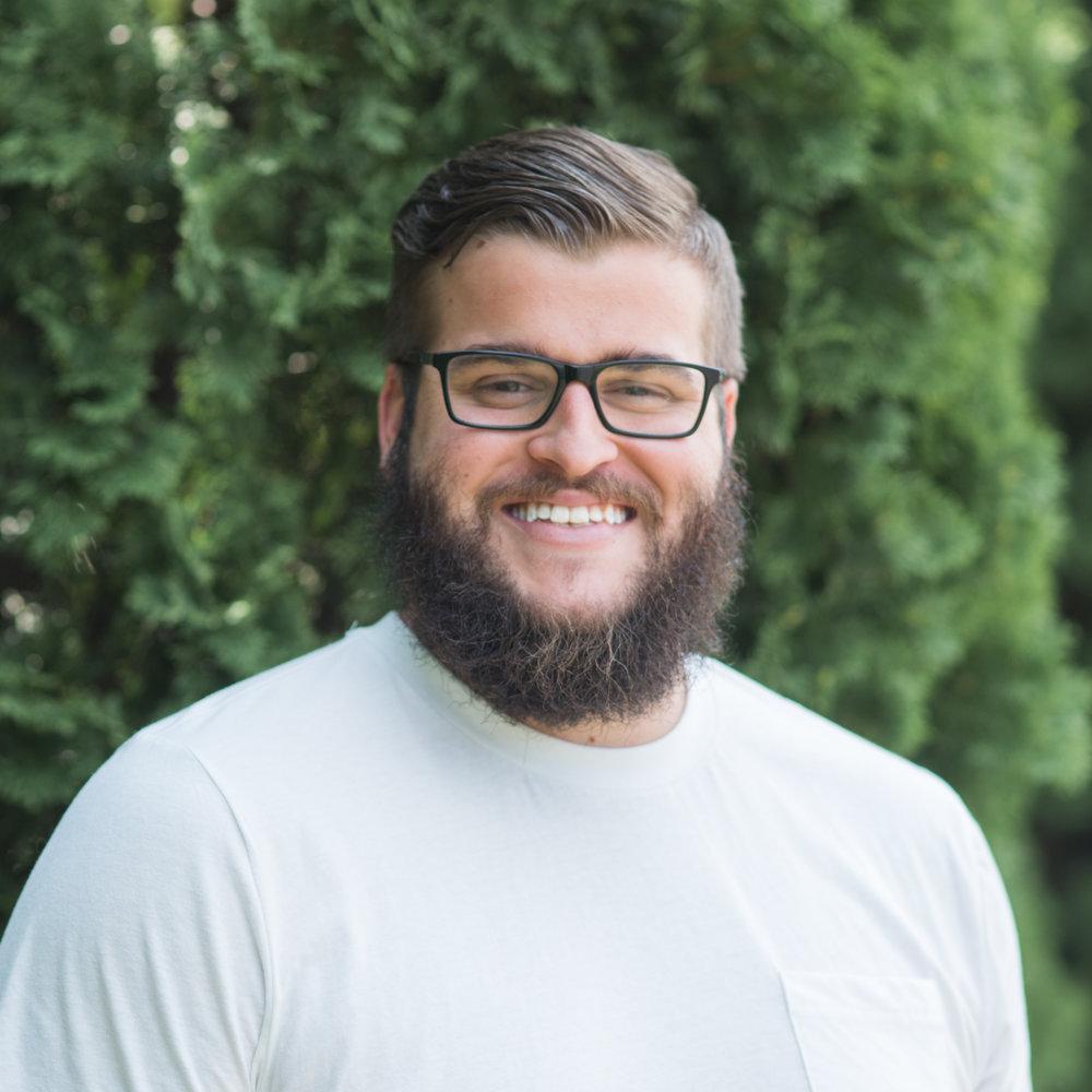 Aaron Spelzhaus<br>Serve Pastor