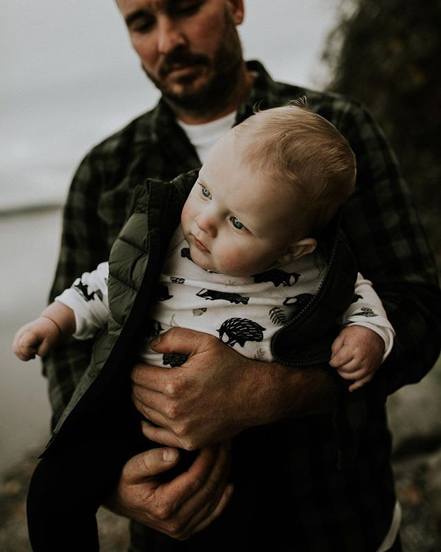 Don't forget dads 🙌🏻. Been a minute since I posted any current work. Still alive and kicking. Pregnancy is kicking my ass but I'm finally over the hump!  #pnwphotographer #pnwonderland #dontforgetdads #subjectlight #makemorepotraits #heyheyhellomay #lookslikefilm #childhoodubplugged