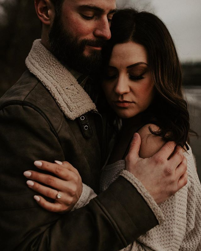 I haven't posted in a minute. Currently hibernating, growing a human and getting side tracked by all things baby girl 🤷🏻‍♀️. Janice and Corey keeping warm by the river  is cause for occasion to break my posting hiatus.  #postthepeople #subjectlight #lookslikefilm #wildloveandadventures #dirtybootsmessyhair #huffpost #photobugcommunity #engagementphotos #vancouverweddingphotographer #fraservalleyweddingphotographer #fortlangley