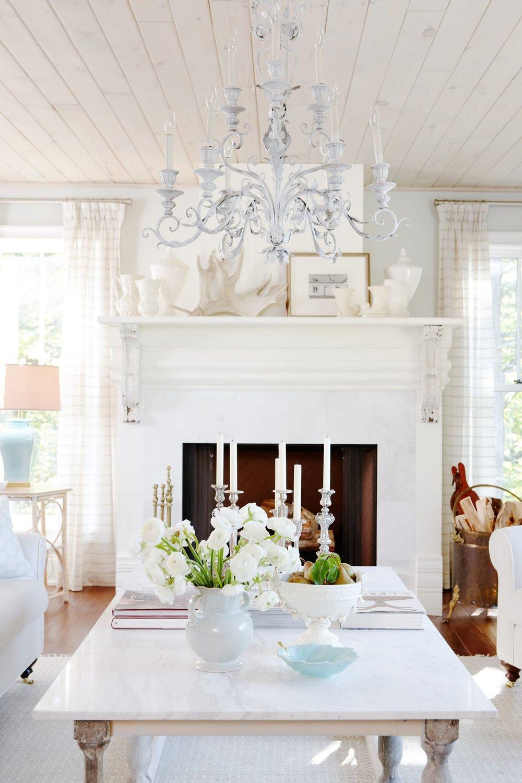 Design: Sarah Richardson Design.Photography: Stacey Brandford.  Link .