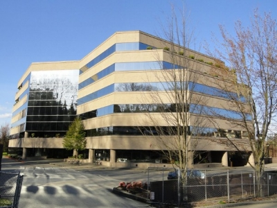 island corporate center exterior.jpg