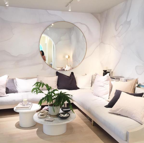 GRAY MARBLE Designer: Jessica Helgerson Interior Design